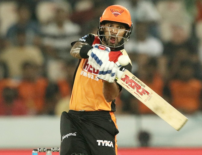 Dhawan moves to Delhi from Sunrisers over 'financial reasons'