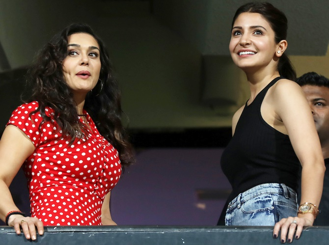 Rediff Cricket - Indian cricket - PHOTOS: Preity, Anushka up the glam quotient at IPL