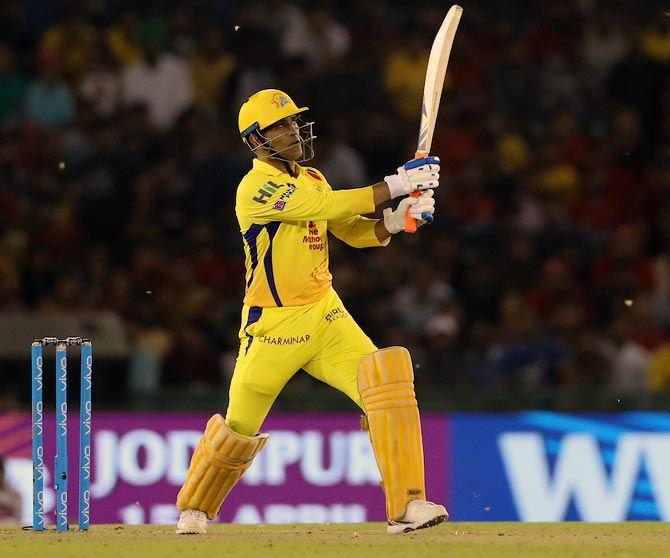 Rediff Cricket - Indian cricket - IPL PHOTOS: Dhoni's heroics in vain as CSK lose to Punjab