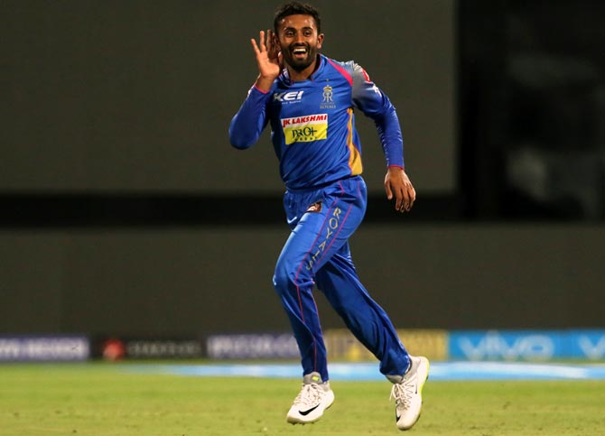 Rediff Cricket - Indian cricket - Turning Point: Gopal's twin strike hurts RCB