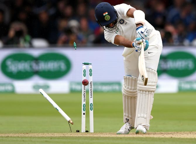 Rediff Sports - Cricket, Indian hockey, Tennis, Football, Chess, Golf - IN PIX: India's tame surrender at Lord's