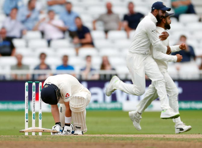 Rediff Sports - Cricket, Indian hockey, Tennis, Football, Chess, Golf - Harbhajan tips India to win England series 3-2. Here's why...