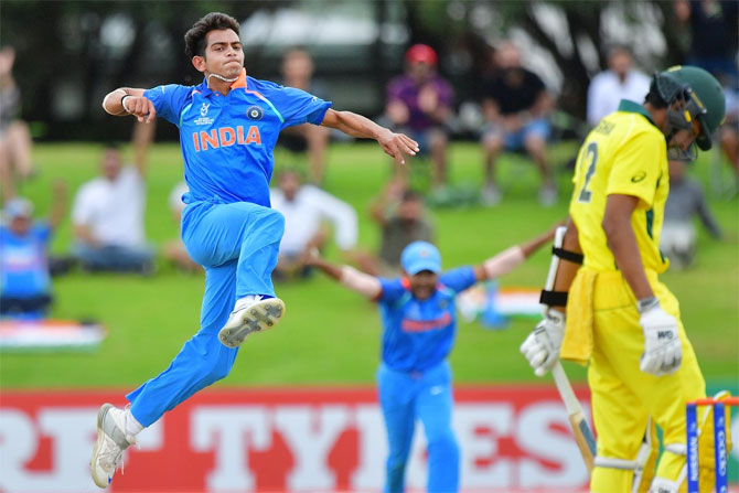 Kamlesh Nagarkoti celebrates after having Australian Captain Jason Sangha caught behind. Photograph: Cricket World Cup/ICC/Twitter