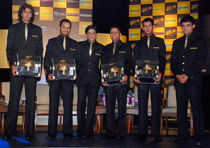 Sourav Ganguly and Shah Rukh Khan with the KKR team
