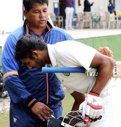 Akshay Wadkar and Vidarbha coach Chandu Pandit
