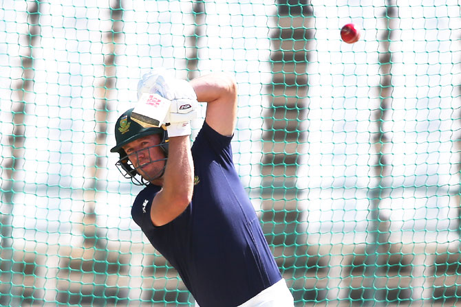 South Africa's AN de Villiers bats in the nets on Tuesday