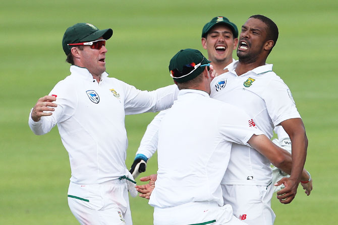 South Africa's Vernon Philander celebrates on dismissing Jasprit Bumrah and win the first Test in Newlands, Cape Town on Monday