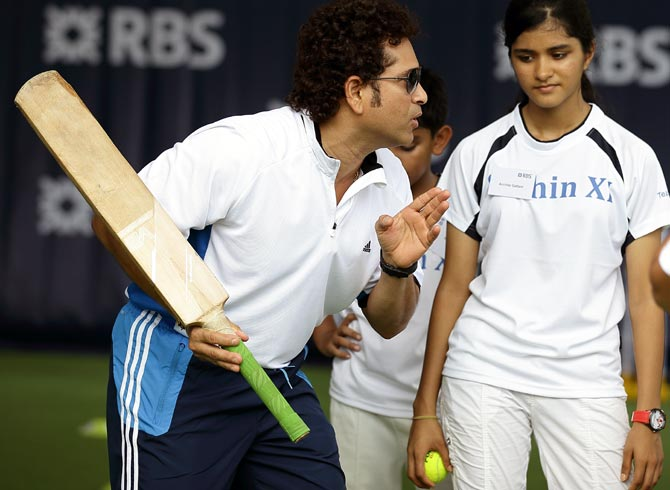 Rediff Sports - Cricket, Indian hockey, Tennis, Football, Chess, Golf - Here's your chance to take cricketing lessons from Tendulkar