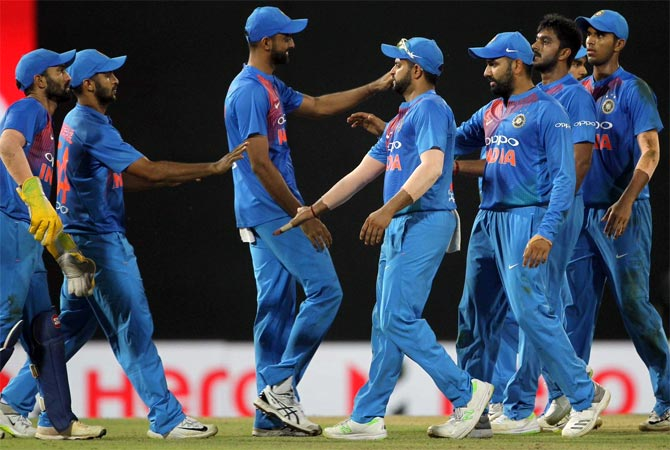 Rediff Sports - Cricket, Indian hockey, Tennis, Football, Chess, Golf - Confident India wary of unpredictable Bangladesh in T20 final