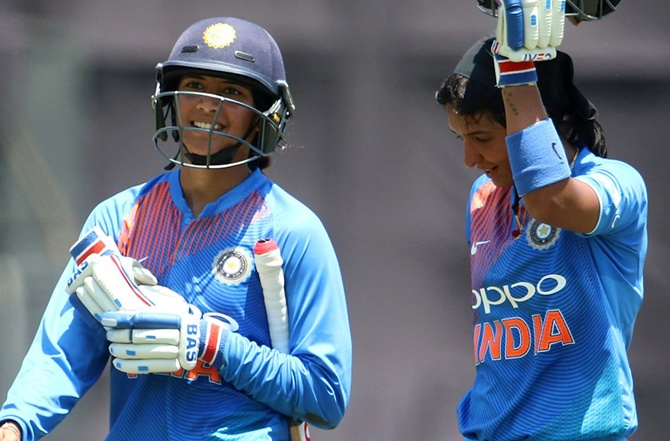 Rediff Cricket - Indian cricket - Smriti, Harmanpreet to lead in IPL style one-off T20