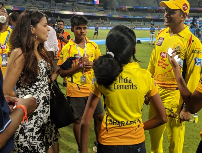 Rediff Cricket - Indian cricket - PIX: WAGs pray, Ranveer cheers CSK