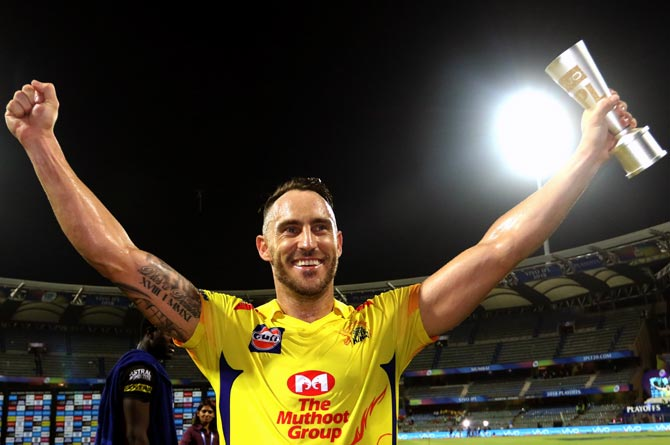 Rediff Cricket - Indian cricket - Du Plessis showed why experience counts: Dhoni