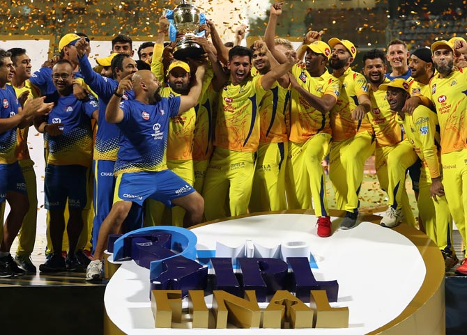 Rediff Cricket - Indian cricket - Congratulate IPL champions Chennai Super Kings