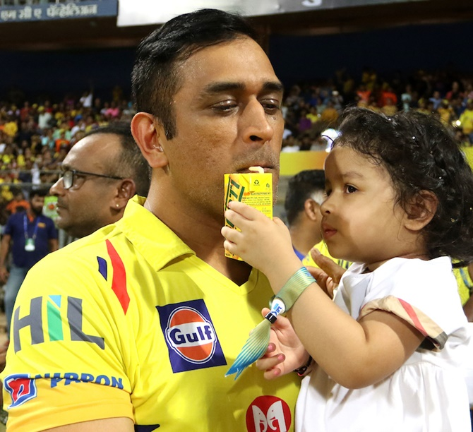 CSK heroes celebrate IPL glory with families