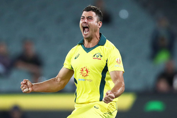Rediff Cricket - Indian cricket - PIX: Stoinis helps Australia beat South Africa to end losing streak
