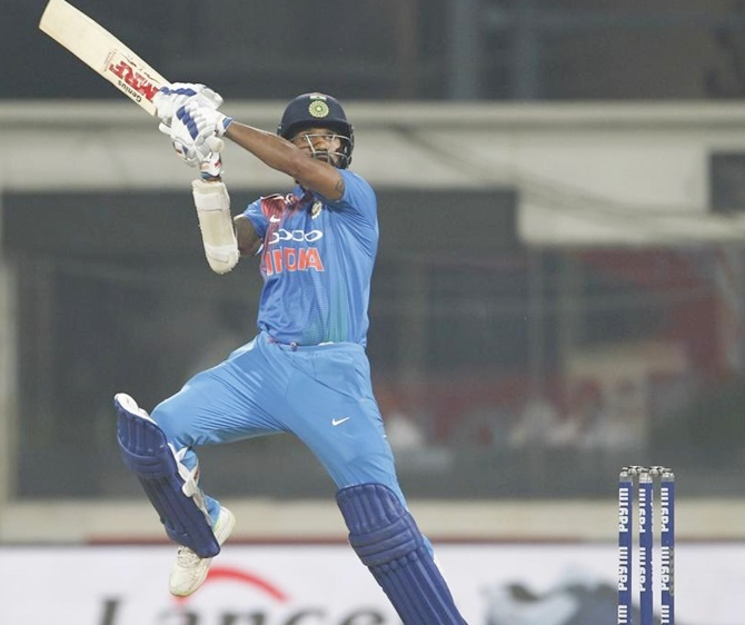 Rediff Cricket - Indian cricket - 3rd T20, PIX: Dhawan's 92 powers India to a six-wicket win over WI