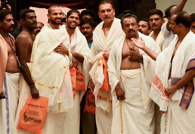 31team-india-temple1.jpg