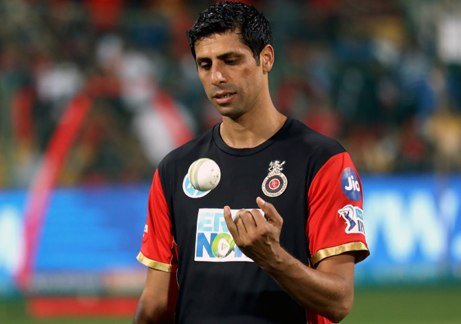 Nehra joins RCB coaching staff