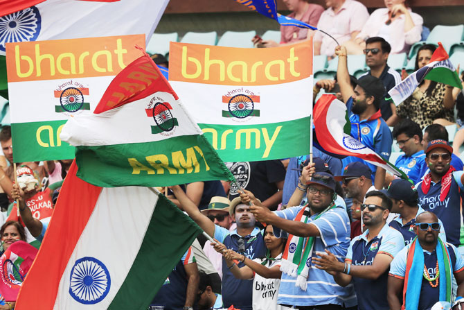 Rediff Sports - Cricket, Indian hockey, Tennis, Football, Chess, Golf - PIX: India fans decorate SCG in tricolour!