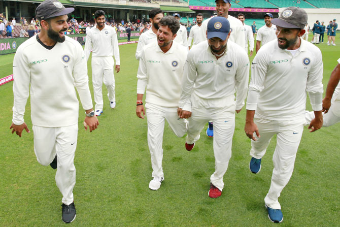 Rediff Sports - Cricket, Indian hockey, Tennis, Football, Chess, Golf - PIX: Team India perform the 'Pujara dance'