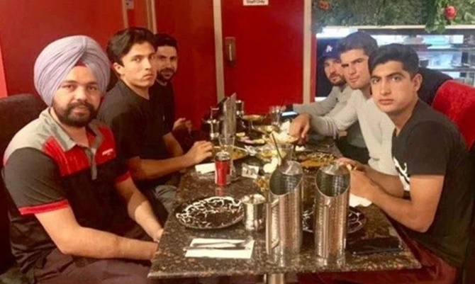 Image result for pakistan cricket taxi driver dinner