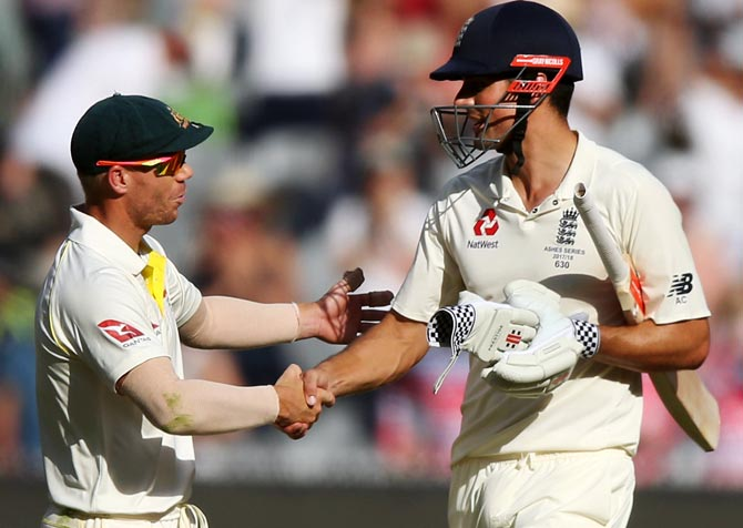 Warner Tampered With Ball Using Hand Strapping Cook