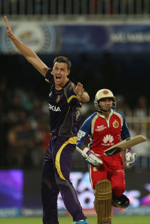 Kolkata's Morne Morkel appeals for leg before wicket against Bangalore's Parthiv Patel