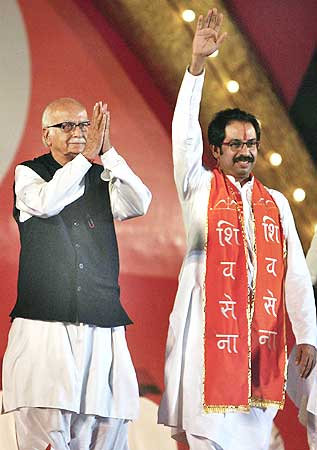 Advani and Shiv Sena chief Uddhav Thackrey in a joint election rally in Mumbai