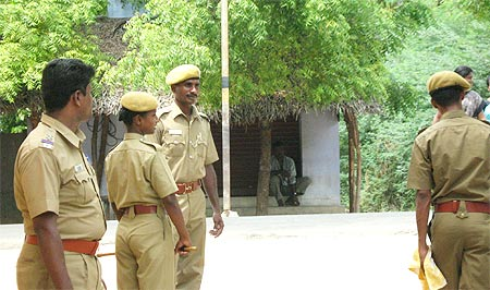Cops chat as peaceful election progresses in Kurumbur village