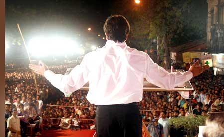 Raj Thackeray addresses a meeting in Mumbai South