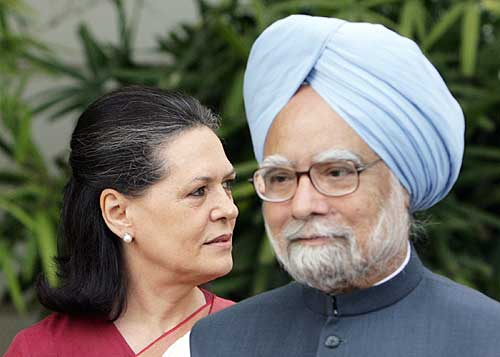 All eyes will be on Manmohan Singh & Sonia Gandhi