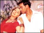 Ajay Devgan and Madhuri Dixit in Yeh Raaste Hain Pyaar Ke