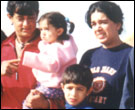 Aamir Khan with his family on location in Bhuj for Lagaan