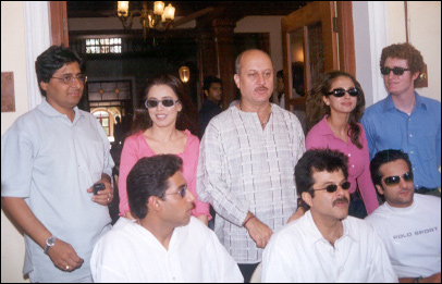 The Cast and Crew of Om Jai Jagdish
