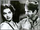 Shakila and Guru Dutt in CID