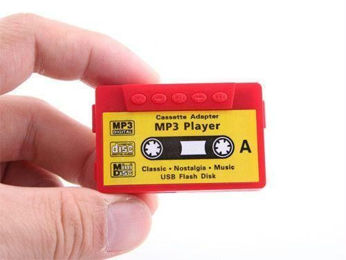Cassette Shape MP3 Music Player Expandable Memory 16GB With Earphones
