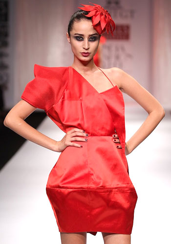 Mysterious muses and Shazahn Padamsee at Fashion Week