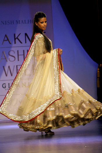 Manish Malhotra's spellbinding bridal collection