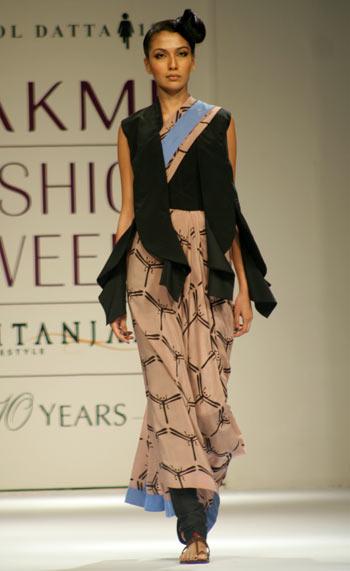 Couture clash
