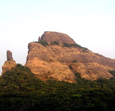 Dhak Cha Bahiri, Maharashtra