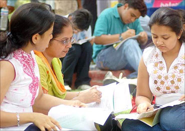UNION PUBLIC SERVICE COMMISSION CIVIL SERVICES EXAMINATION, 2015