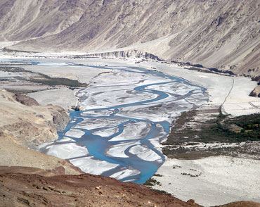 Nestled in the trans-Himalayan range, Spiti is a high altitude desert region.