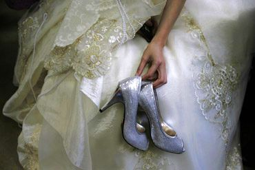 Comfortable and dainty bridal shoes