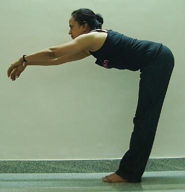 Samkonasana (Right angle pose)