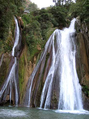 Kempty Falls, Uttarakhand