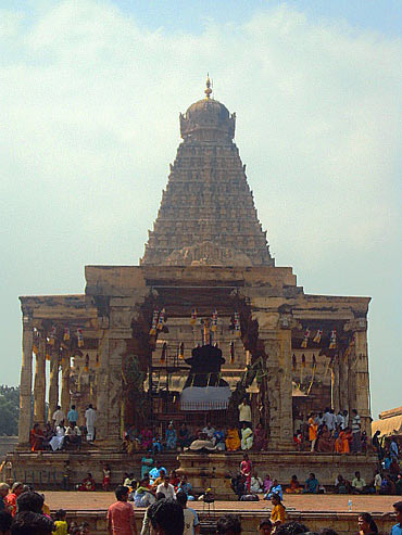 Brihadeeshwara Temple, Tanjavur