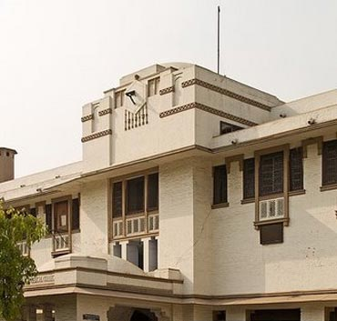 Lady Hardinge Medical College, Delhi