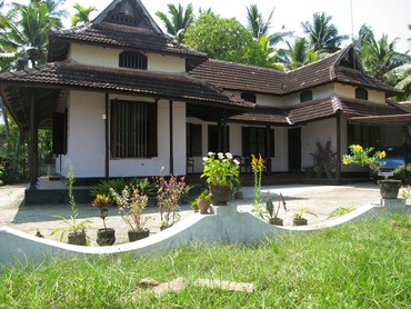 Rural homestay by the backwaters in Kerala