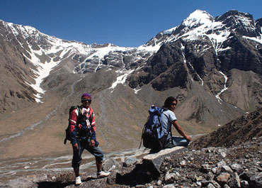 Our sherpas, Lengdu (in red) and Narbu. Narbu has summitted the Everest 5 times.