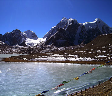 Mt Kanchenjunga
